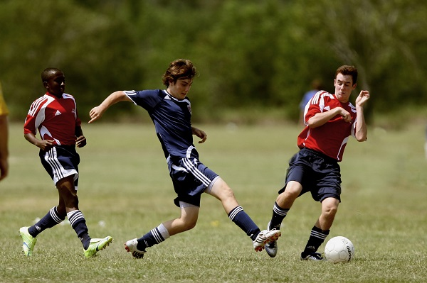 What Is the Distinction In Between Youth Football Cleats
